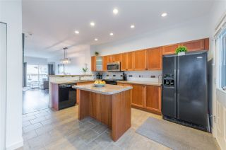 "Photo 11: 133 2000 PANORAMA Drive in Port Moody: Heritage Woods PM Townhouse for sale in ""Mountain's Edge"" : MLS®# R2561690"