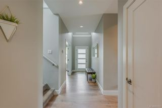Photo 4: 1106 Braelyn Pl in Langford: La Olympic View House for sale : MLS®# 841107