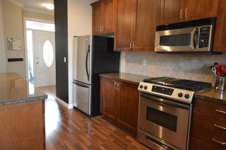 """Photo 4: 6 12311 NO 2 Road in Richmond: Steveston South Townhouse for sale in """"Fairwind"""" : MLS®# R2135138"""