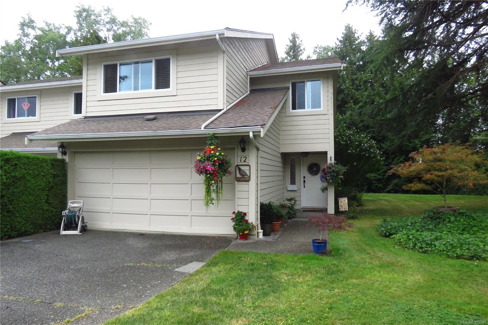 Main Photo: 12 1287 Verdier Ave in : CS Brentwood Bay Row/Townhouse for sale (Central Saanich)  : MLS®# 853597