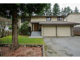 Photo 1: 1077 MOUNTAIN Highway in North Vancouver: Westlynn House for sale : MLS®# V1053444