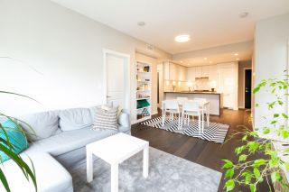 """Photo 7: 316 5687 GRAY Avenue in Vancouver: University VW Condo for sale in """"Eton"""" (Vancouver West)  : MLS®# R2428774"""