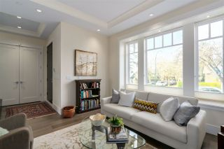 """Photo 2: 3896 W 21ST Avenue in Vancouver: Dunbar House for sale in """"Dunbar"""" (Vancouver West)  : MLS®# R2039605"""