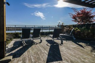 """Photo 19: 2002 668 COLUMBIA Street in New Westminster: Downtown NW Condo for sale in """"Trapp + Holbrook"""" : MLS®# R2419627"""