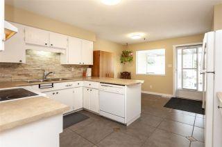 Photo 6: 17775 59A Avenue in Surrey: Cloverdale BC 1/2 Duplex for sale (Cloverdale)  : MLS®# R2305485