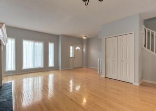 Photo 5: 306 20 Street NW in Calgary: West Hillhurst Row/Townhouse for sale : MLS®# A1130619