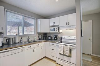 Photo 14: 787 Kingsmere Crescent SW in Calgary: Kingsland Row/Townhouse for sale : MLS®# A1108605