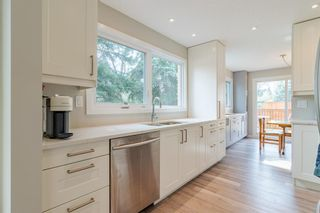 Photo 5: 24 Coachway Green SW in Calgary: Coach Hill Row/Townhouse for sale : MLS®# A1104483