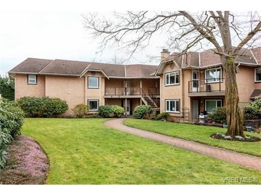 Main Photo: 24 7070 West Saanich Rd in BRENTWOOD BAY: CS Brentwood Bay Condo for sale (Central Saanich)  : MLS®# 752018