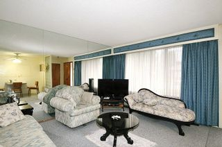 Photo 2: 1870 WESTMINSTER Avenue in Port Coquitlam: Glenwood PQ Duplex for sale : MLS®# R2212668