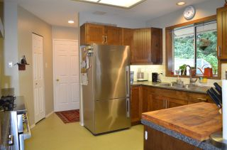 "Photo 8: 1524 CYPRESS Way in Gibsons: Gibsons & Area House for sale in ""WOODCREEK"" (Sunshine Coast)  : MLS®# R2493228"