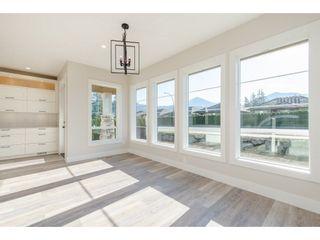 "Photo 5: 45926 BIRDIE Place in Sardis: Sardis East Vedder Rd House for sale in ""The Fairways at Higginson Estates"" : MLS®# R2220610"