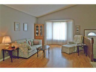Photo 9: 284 CEDARDALE Place SW in Calgary: Cedarbrae House for sale : MLS®# C4119555