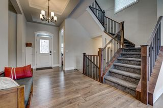 Photo 3: 125 KINNIBURGH Drive: Chestermere Detached for sale : MLS®# C4292317