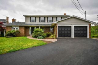 Photo 1: 40 Stoneridge Court in Bedford: 20-Bedford Residential for sale (Halifax-Dartmouth)  : MLS®# 202118918