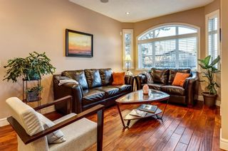 Photo 4: 1110 42 Street SW in Calgary: Rosscarrock Detached for sale : MLS®# A1145307
