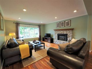 Photo 2: 2722 MASEFIELD Road in North Vancouver: Lynn Valley House for sale : MLS®# R2345517