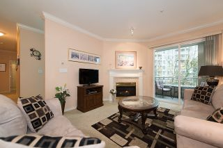"Photo 3: 212 3098 GUILDFORD Way in Coquitlam: North Coquitlam Condo for sale in ""MARLBOROUGH HOUSE"" : MLS®# R2225808"
