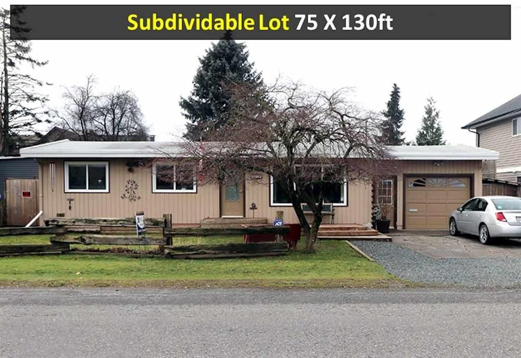 Main Photo: 8415 Cessna Dr. in Chilliwack: House for rent