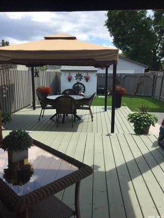 Photo 11: 261 Lloyd Crescent in Saskatoon: Pacific Heights Residential for sale : MLS®# SK845295