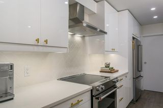 "Photo 8: 302 1720 W 12TH Avenue in Vancouver: Fairview VW Condo for sale in ""TWELVE PINES"" (Vancouver West)  : MLS®# R2079599"
