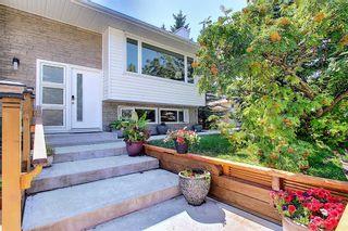Photo 3: 4211 Varmoor Road NW in Calgary: Varsity Detached for sale : MLS®# A1138654