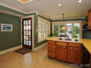 Photo 7: 1010 Craigdarroch Road in VICTORIA: Vi Rockland Single Family Detached for sale (Victoria)  : MLS®# 281757