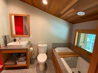 Photo 32: 9841 MCKENZIE Road in Halfmoon Bay: Halfmn Bay Secret Cv Redroofs House for sale (Sunshine Coast)  : MLS®# R2594064