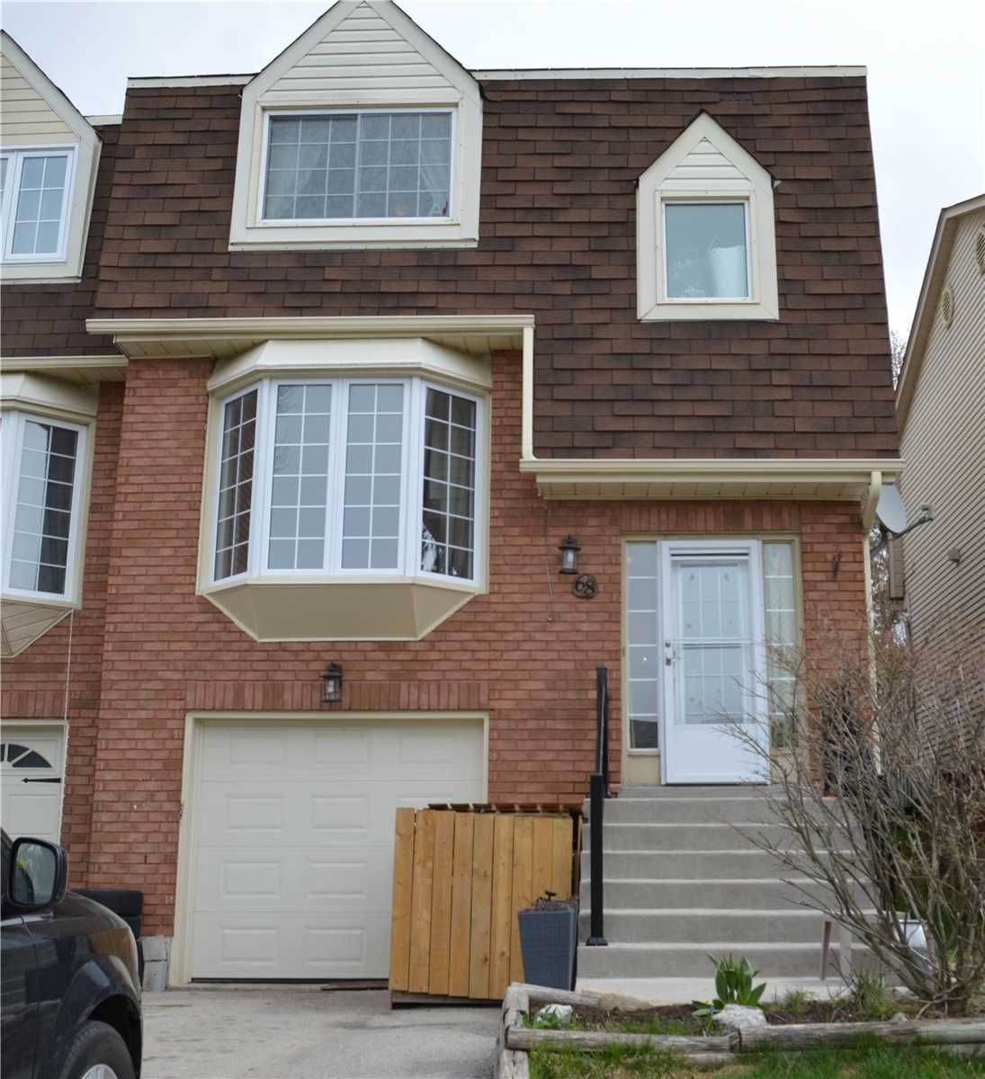 Main Photo: 68 Lakeview Court: Orangeville House (2-Storey) for sale : MLS®# W5196626
