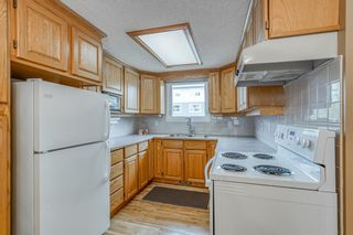 Photo 3: 2339 2 Avenue NW in Calgary: West Hillhurst Detached for sale : MLS®# A1040812