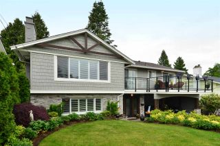 """Photo 1: 15701 GOGGS Avenue: White Rock House for sale in """"WHITE ROCK"""" (South Surrey White Rock)  : MLS®# R2178923"""
