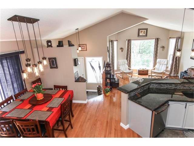 Photo 17: Photos: 208 MT ABERDEEN Circle SE in Calgary: McKenzie Lake House for sale : MLS®# C4067845
