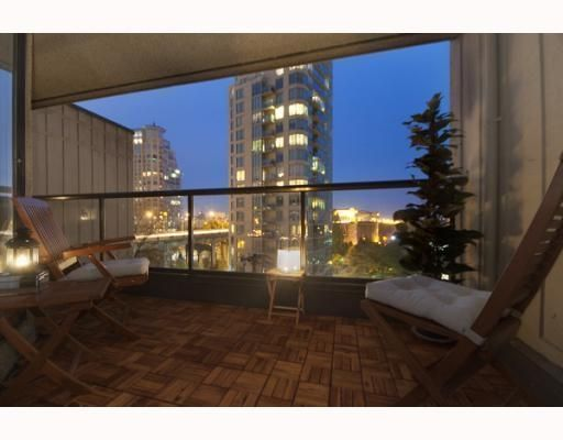 Main Photo: # 701 1040 PACIFIC ST in : West End VW Condo for sale : MLS®# V794300