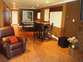Photo 8: 867 Stayte Rd in White Rock: Home for sale
