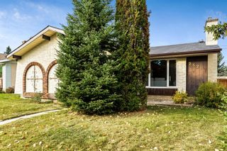 Photo 3: 2628 106 Avenue SW in Calgary: Cedarbrae Detached for sale : MLS®# A1153154