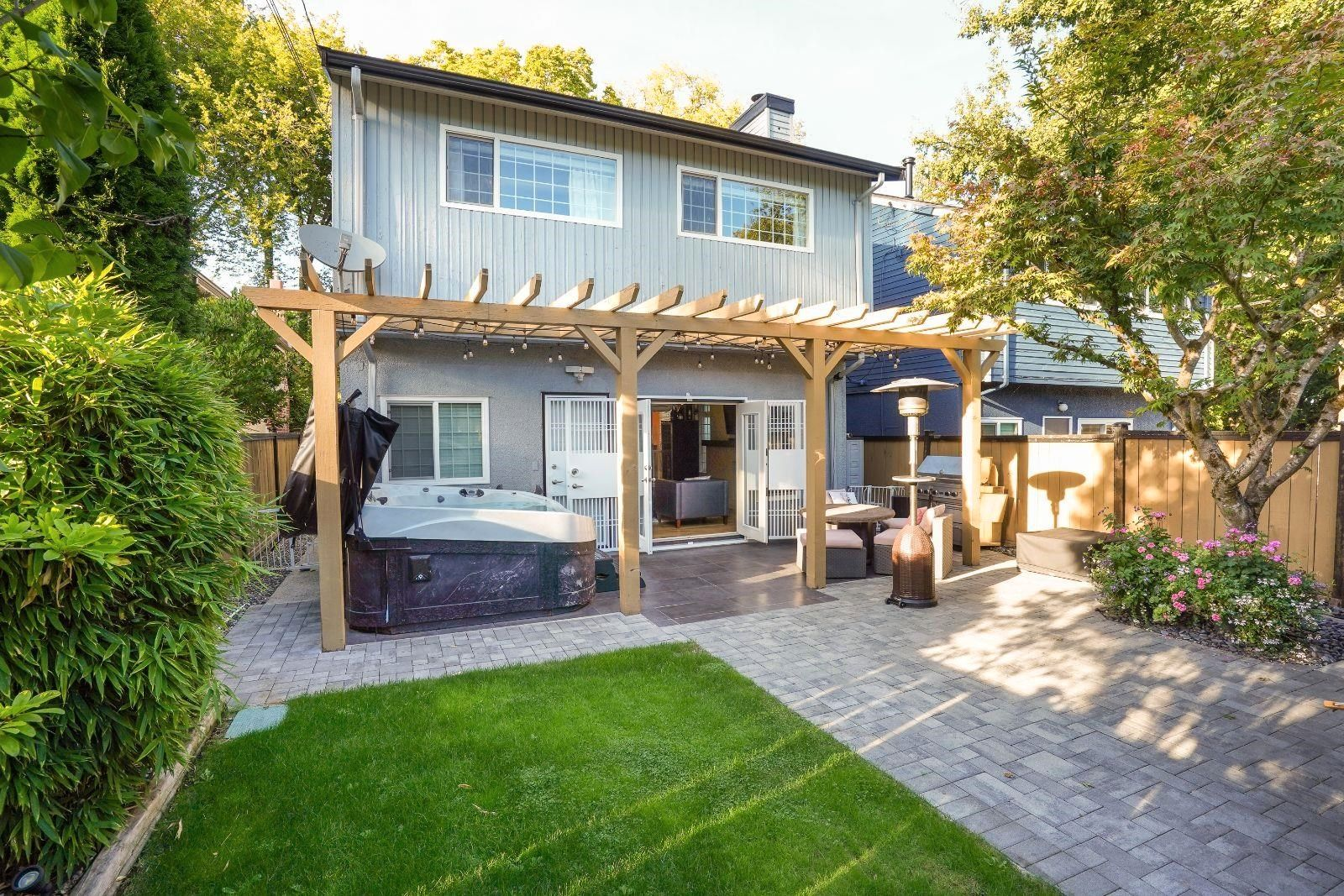 Main Photo: 3508 W 24TH Avenue in Vancouver: Dunbar House for sale (Vancouver West)  : MLS®# R2623539