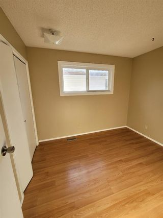 Photo 8: 51 whitworth Road NE in Calgary: Whitehorn Detached for sale : MLS®# A1128067