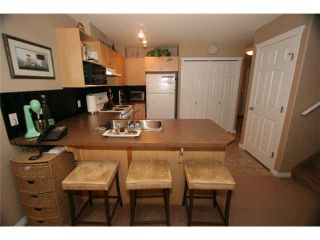 Photo 5: 46 102 CANOE Square: Airdrie Townhouse for sale : MLS®# C3452941