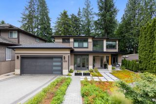 Photo 2: 939 CLEMENTS AVENUE in North Vancouver: Canyon Heights NV House for sale : MLS®# R2619400