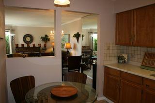 Photo 4: 412 1350 Vidal Street in White Rock BC V4B 5G6: Home for sale : MLS®# R2063800