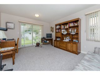 Photo 18: 21093 43 Avenue in Langley: Brookswood Langley House for sale : MLS®# R2088477