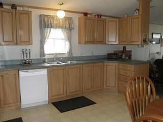 Photo 6: 15 62790 FLOOD HOPE Road in Hope: Hope Center Manufactured Home for sale : MLS®# R2554329