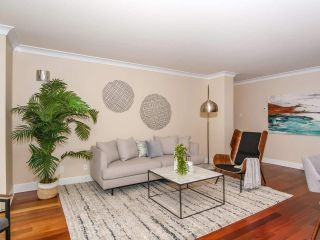 "Photo 7: 403 2108 W 38TH Avenue in Vancouver: Kerrisdale Condo for sale in ""The Wilshire"" (Vancouver West)  : MLS®# R2355468"