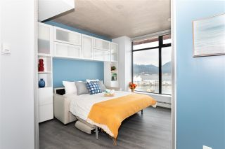 """Photo 17: 2503 128 W CORDOVA Street in Vancouver: Downtown VW Condo for sale in """"WOODWARDS W43"""" (Vancouver West)  : MLS®# R2506650"""