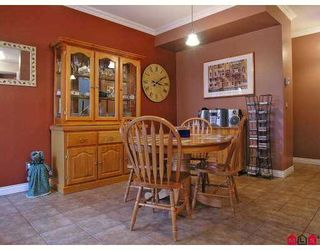 """Photo 5: 46 8675 209TH Street in Langley: Walnut Grove House  in """"The Sycamores"""" : MLS®# F2711831"""