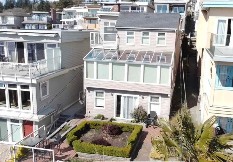 FEATURED LISTING: 15089 VICTORIA Avenue White Rock