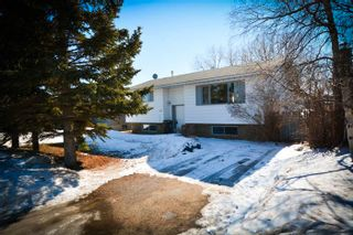 Photo 1: 8223 98 Avenue in Fort St. John: House for sale