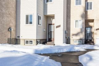 Photo 2: 1177 KNOTTWOOD Road in Edmonton: Zone 29 Townhouse for sale : MLS®# E4224118