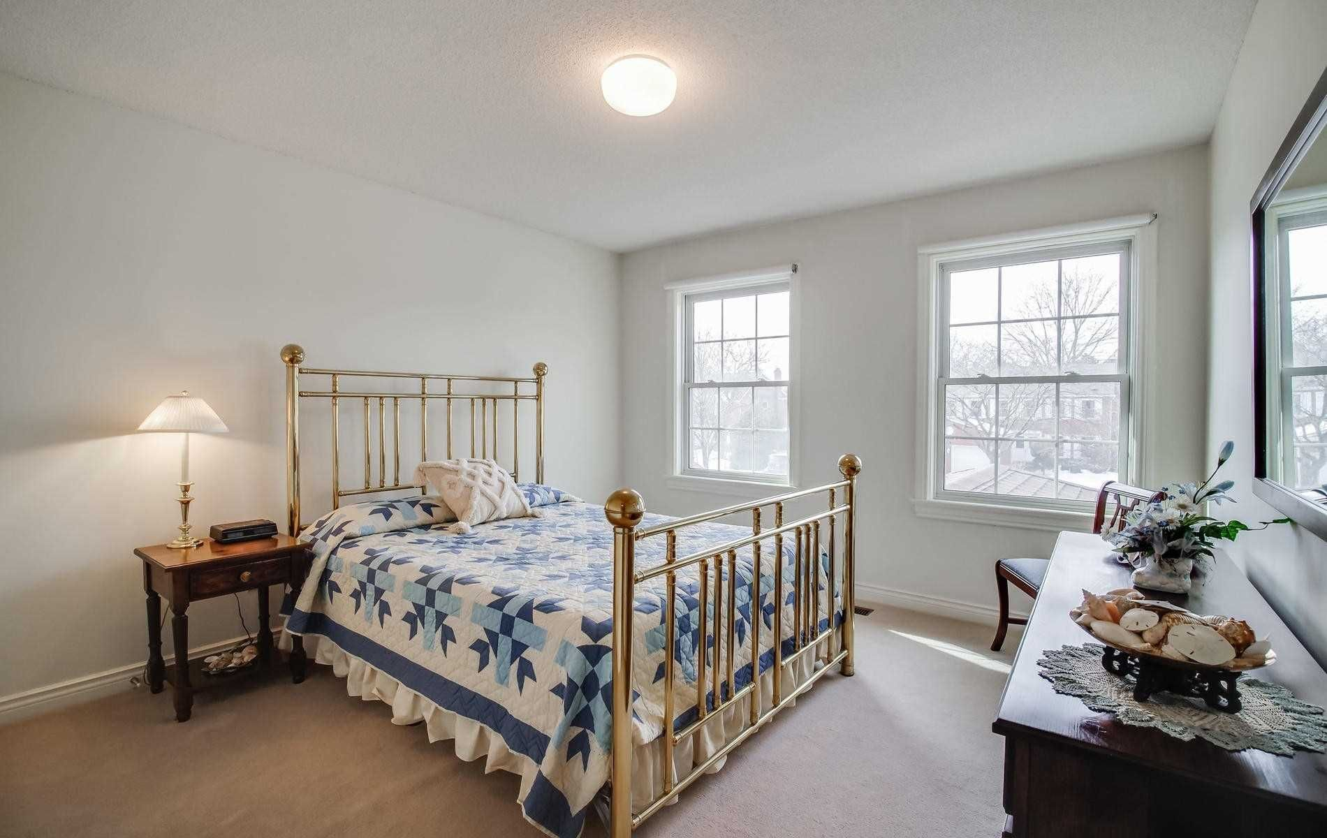 Photo 14: Photos: 498 Hidden Trail in Toronto: Westminster-Branson House (2-Storey) for sale (Toronto C07)  : MLS®# C4709173