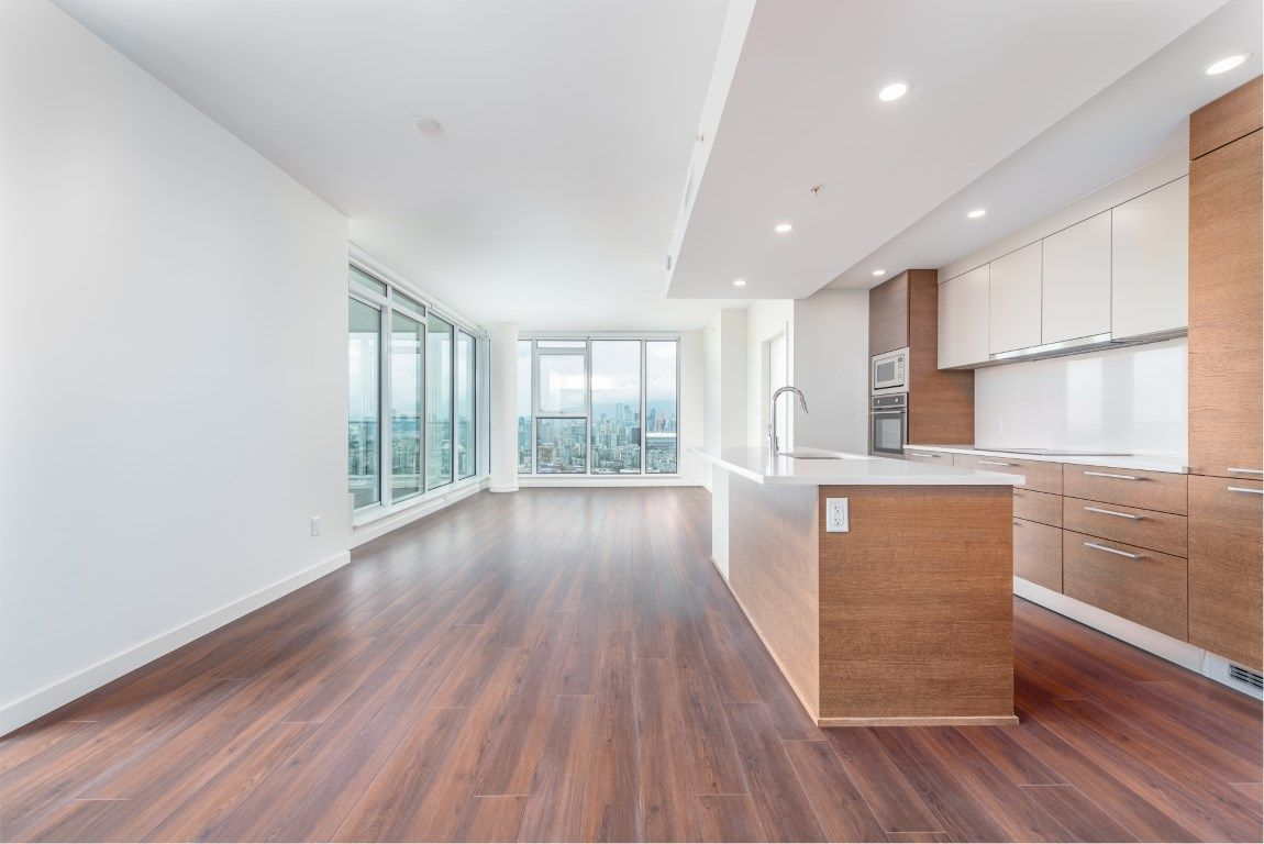 "Photo 3: Photos: 2210 285 E 10TH Avenue in Vancouver: Mount Pleasant VE Condo for sale in ""THE INDEPENDENT"" (Vancouver East)  : MLS®# R2409964"